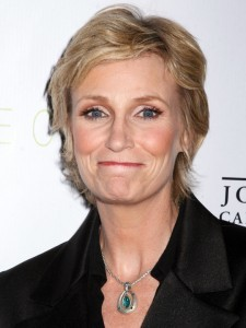 How much does Jane Lynch make per episode?