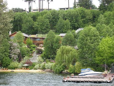 close view of Bill Gates house and dock