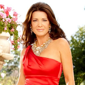How much is Lisa Vanderpump Net Worth