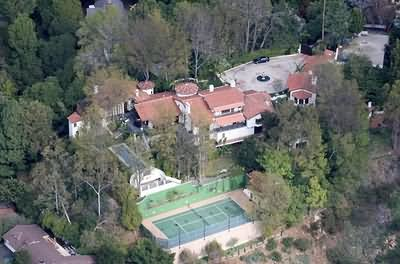 Ryan seacrest house celebrity net worth for Celebrities that live in hollywood hills