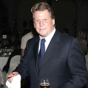 How much money is actor Ryan O'Neal worth