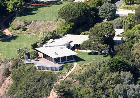 Brad Pitt's Malibu beach house for sale
