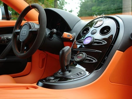 Expensive  Interior on Bugatti Gets A New Most Expensive Car Record With Veyron Sang Noir