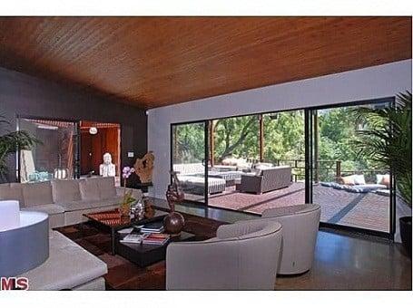 Living room in Heath Ledger's Treehouse
