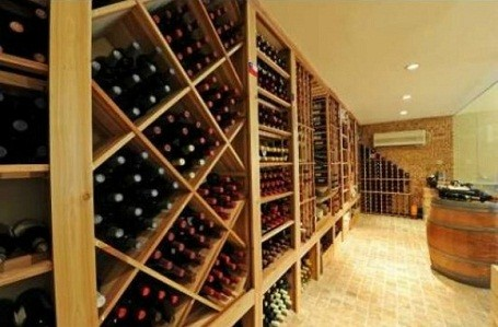 Wine Cellar in Bill Gates rental home in florida
