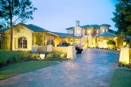 Chris Tucker's Florida home that is facing foreclosure.