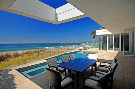 Pool and patio at Paul Allen's Malibu home on Carbon Beach in California