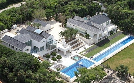 Tiger woods 60 million mansion on jupiter island florida for Celebrity homes in florida