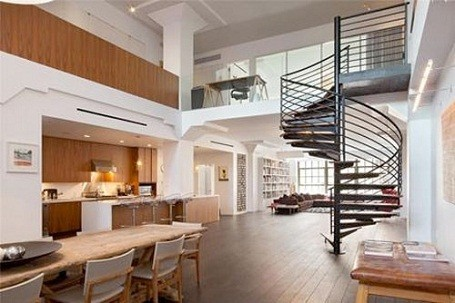 Damon Dash's foreclosed loft in Tribeca, New York City is selling for $8 million
