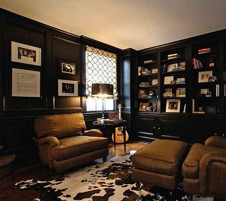 Study in Taylor Swift's home in Nashville, Tennessee. 
