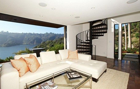 Guest house at Kristen Stewart and Robert Pattinson's summer home in Bel Air.
