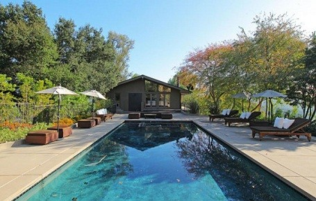 Poll behind Kristen Stewart and Robert Pattinson's summer home in Bel Air.
