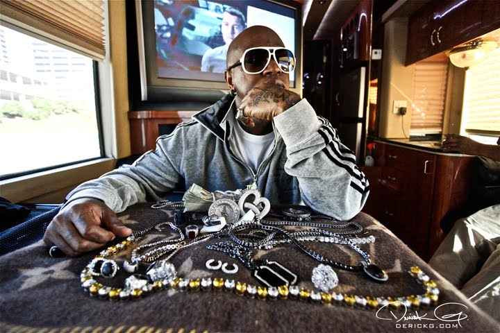 How much money does rapper Birdman have?