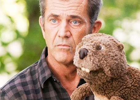 Mel Gibson is paying a $425 million divorce settlement to Robyn Moore.
