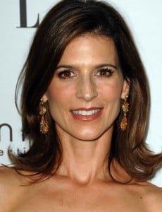 How much is Perrey Reeves worth?