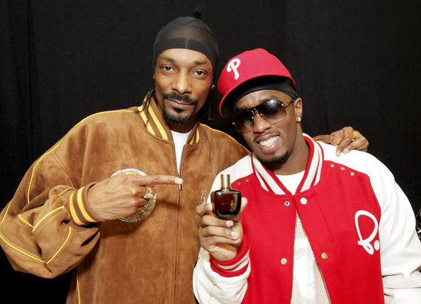 Diddy and Snoop Standing Together