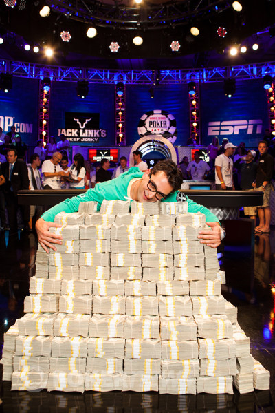 Antonio Esfandiari wins $18 Million