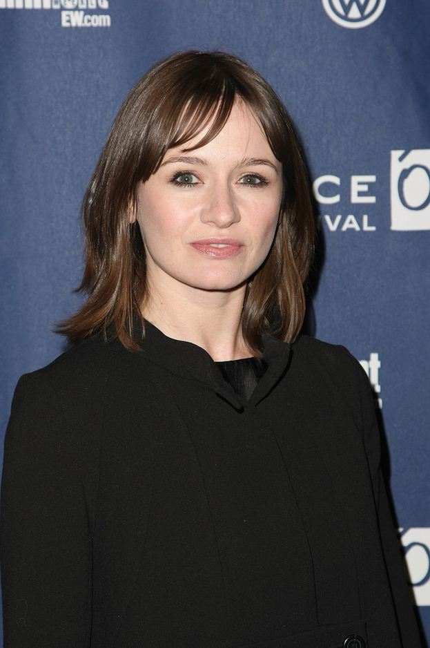 The 46-year old daughter of father John Mortimer and mother Penelope Mortimer, 173 cm tall Emily Mortimer in 2018 photo