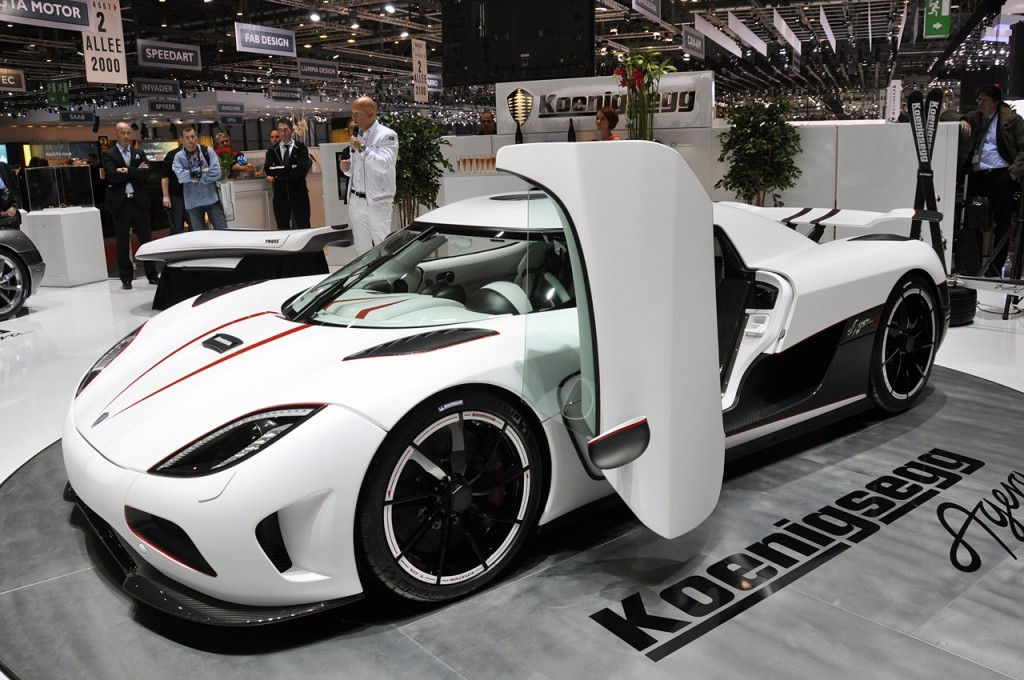 koenigsegg agera r the new fastest car in the world celebrity net worth. Black Bedroom Furniture Sets. Home Design Ideas