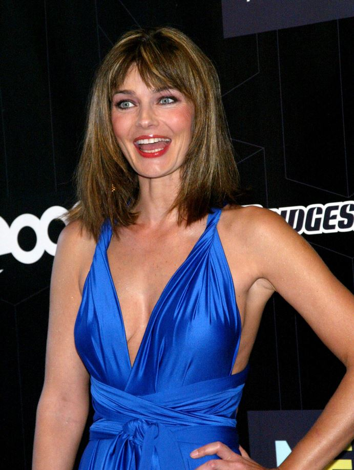 Paulina Porizkova blue dress