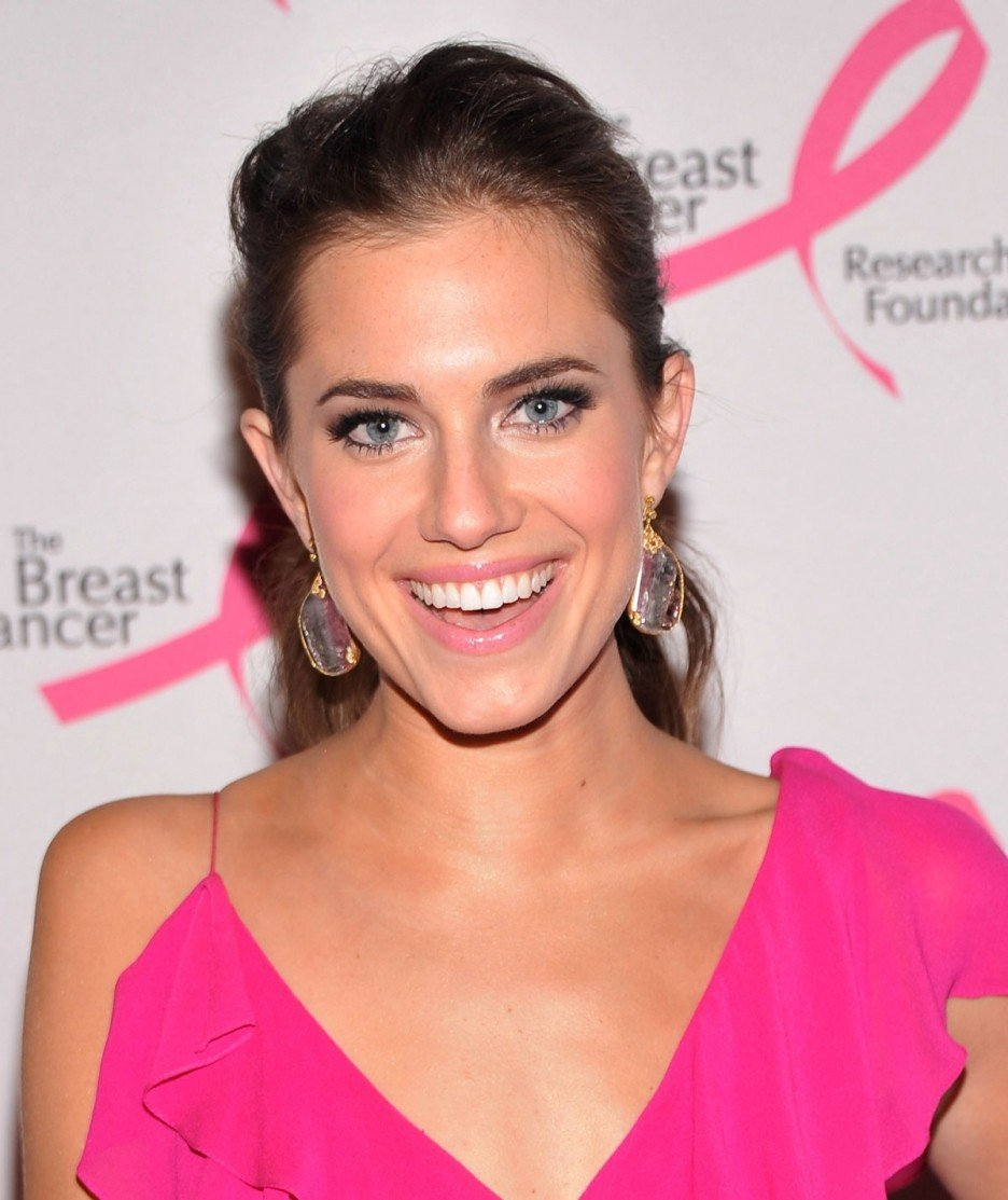 Allison williams actress allison williams attends tom ford s cocktail