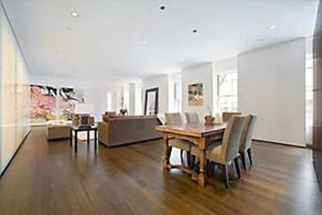 Kelly Ripa's Home:  Actress-Talk Show Host-Mom... Real Estate Shark