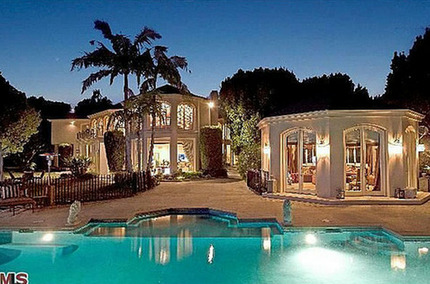 Martin Lawrence's House: The Troubled Funny Man Puts His House Up for Rent