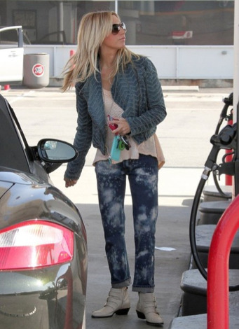 Ashley Tisdale's Car:  Don't Box This Disney Starlet In... Unless It's a Porsche