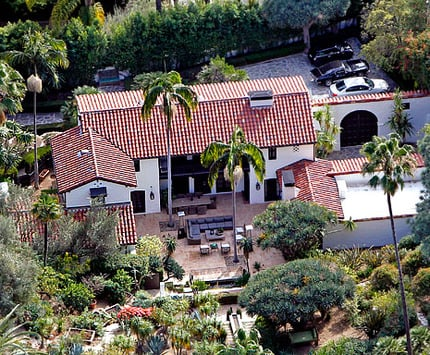 photo: house/residence of cool handsome talented  100 million earning Los Angeles, California, USA-resident