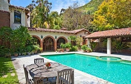Mel Gibson's Home: Dumping an $11.75 Million Estate as His Career Continues to Free-Fall