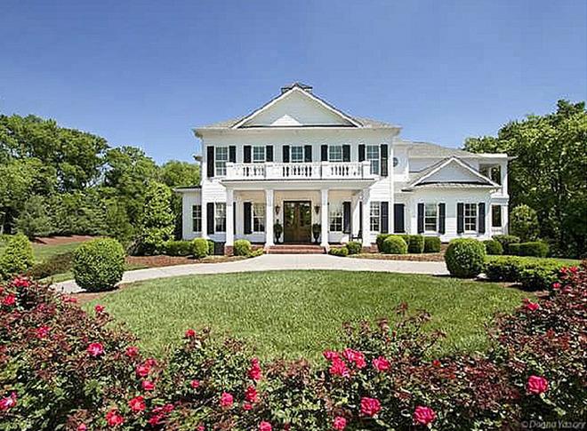 Hillary Scott's House