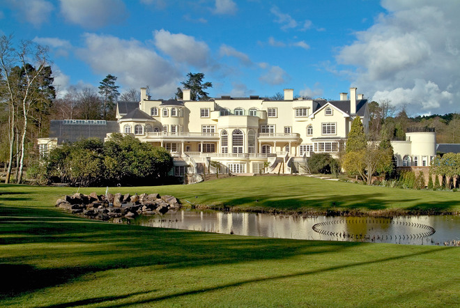 Luxury mansions celebrity homes the 12 most expensive for The most luxurious homes in the world