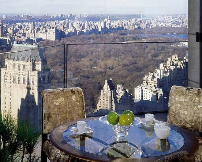 Ty Warner Penthouse at the Four Seasons Hotel in New York