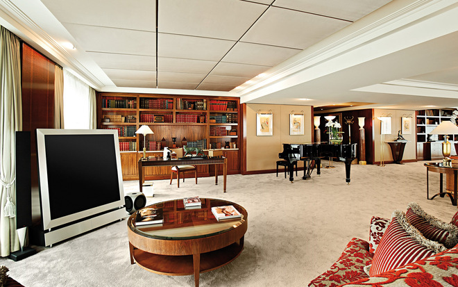 Royal Penthouse Suite at the President Wilson Hotel in Geneva