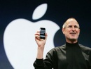 Steve Jobs steps down, leaves big turtleneck to fill
