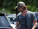 Chris Hemsworth's Car:  Yep.  It's True.  Thor Drives an SUV.