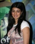 Ayesha Takia in No Smoking