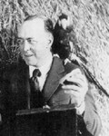 Edgar Rice Burroughs in Tarzan Escapes
