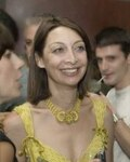 Illeana Douglas in Easy to Assemble
