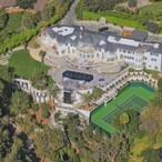 Former Beverly Hills Home Of Kenny Rogers Sells For $46.4 Million - And That's Actually A Bargain!!!