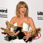 Rich Indie'd: How Much Money Taylor Swift Makes From Music