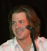 Christian Kane Net Worth