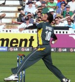 Shahid Afridi Net Worth