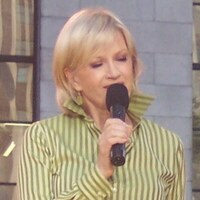 Diane Sawyer Net Worth