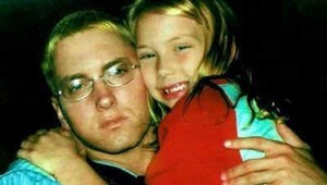 Thumbnail for What Does Eminem's Daughter Hailie Look Like Today?