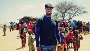 Thumbnail for 50 Cent Wants To Feed One Billion People In Africa By 2016