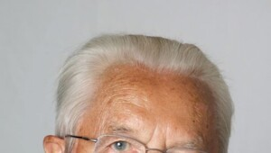 Thumbnail for The Richest Person In Germany - Karl Albrecht - Dead At 94
