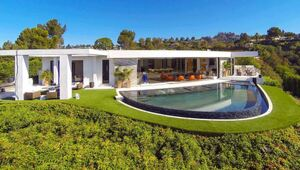 Thumbnail for Jay-Z And Beyonce Might Purchase This Asbolutely Stunning $85 Million Beverly Hills Mansion