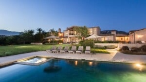 Thumbnail for Lady Gaga Just Dropped $24 Million On This Amazing Malibu Mansion