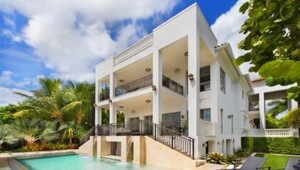 Thumbnail for LeBron James Is Selling This Absolutely Stunning Waterfront Miami Compound